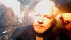 Φυλάκιση 50 εβδομάδων για τον Ασάνζ από βρετανικό