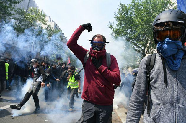 Choques con la policía, fuertes medidas de seguridad y tensión en las manifestaciones del 1 de Mayo en