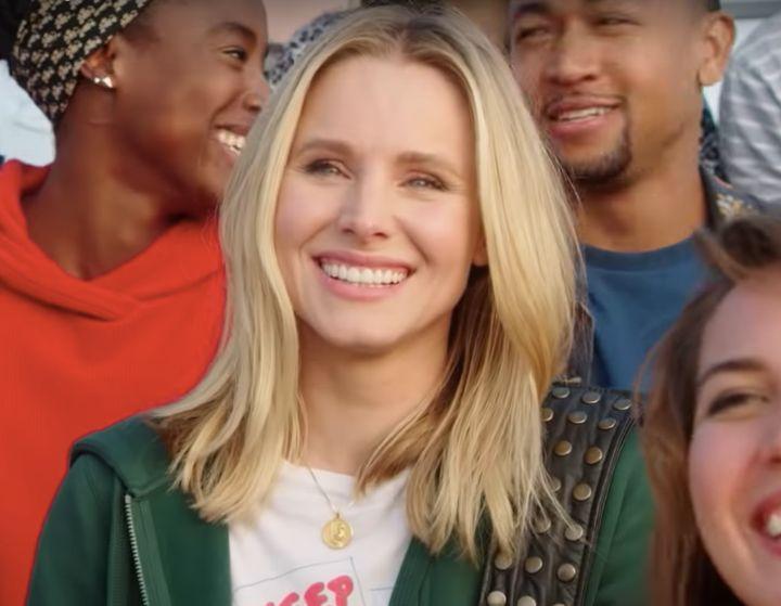 Kristen Bell returns as Veronica Mars in Hulu's eight-episode revival of the beloved cult series.