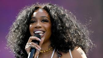 VIRGINIA BEACH, VIRGINIA - APRIL 27: SZA performs onstage at SOMETHING IN THE WATER - Day 2 on April 27, 2019 in Virginia Beach City. (Photo by Craig Barritt/Getty Images for Something in the Water)