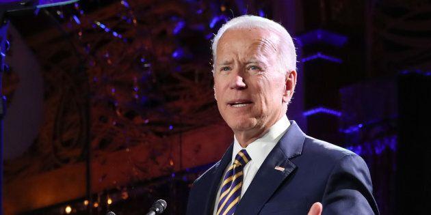 Un'altra donna accusa Biden di comportamenti inappropriati. Pelosi: