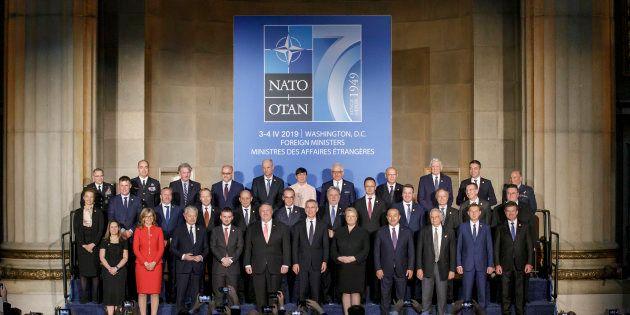 La Nato compie 70 anni: successi, sfide e una crisi di mezza