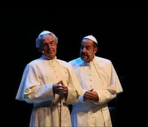 Due e mille. Tra Papi, sketch e canzoni, Lopez e Solenghi tornano insieme ed è subito