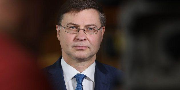 Nessuna manovra bis all'orizzonte, ma Dombrovskis avverte: