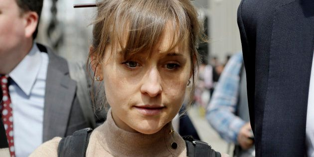 L'attrice di Smalville Allison Mack si dichiara colpevole: