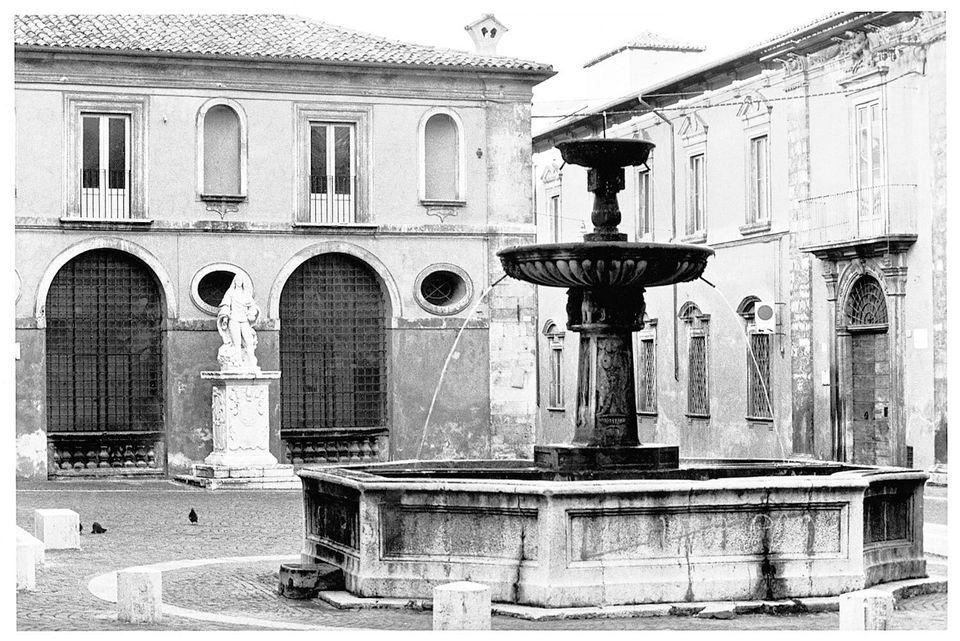 Berengo Gardin / L'Aquila prima e