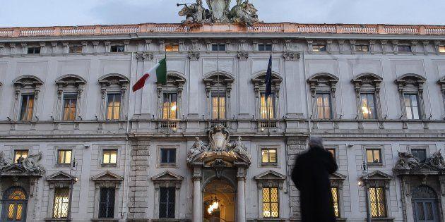 La Corte Costituzionale boccia il ricorso della signora Lia contro il pagamento differito del tfr per...