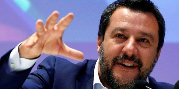 Salvini no limits. Sondaggio Ipsos, Lega sfiora il 37%, gli altri