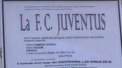 Necrologi anti-Juventus affissi in strada nel vercellese: il sindaco li fa
