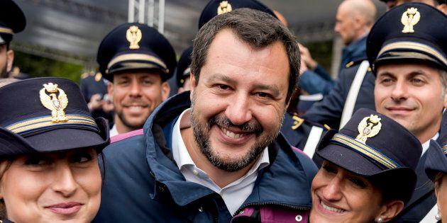 Salvini scopre l'antimafia il 25
