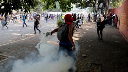 Une manifestante tuée par balle lors de heurts entre la police et les
