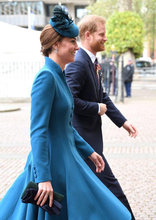 Questi scatti di Harry in compagnia di Kate dimostrano che non è ancora diventato