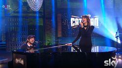 Calcutta e Paola Cortellesi cantano