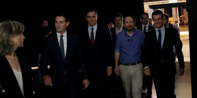 La Spagna al voto, tra instabilità e possibili alleanze. Sullo sfondo la crisi catalana e i problemi...