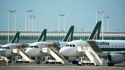 Il gruppo Toto valuta un'offerta per Alitalia, ma Di Maio frena: