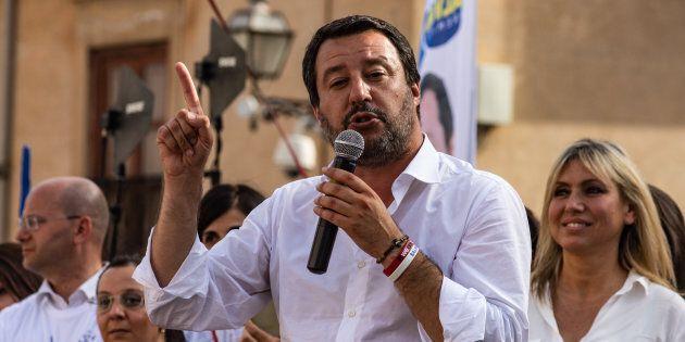 Salvini sul cao Siri: