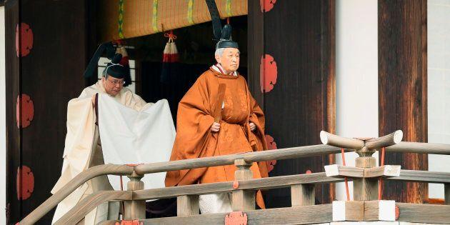 Abdica l'imperatore Akihito, il Giappone dice addio al suo