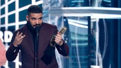 Drake Shouts Out Ayra Stark In Billboard Speech And People Think He's Cursed
