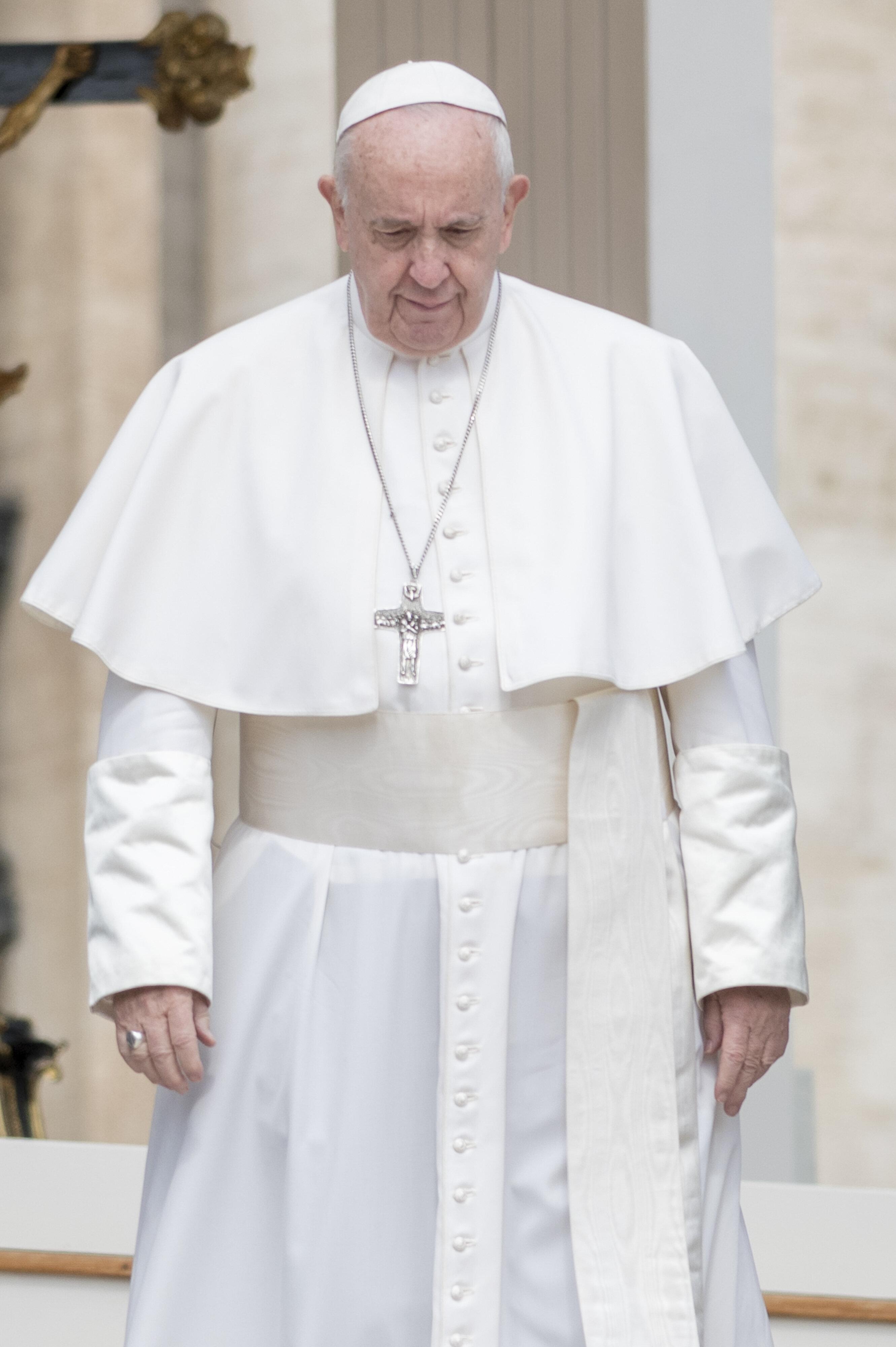 Una lettera-appello accusa Papa Francesco di
