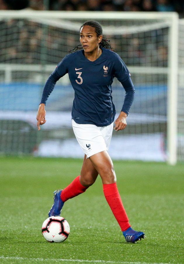 Mondial féminin: la liste des 23 Bleues dévoilée par Corinne