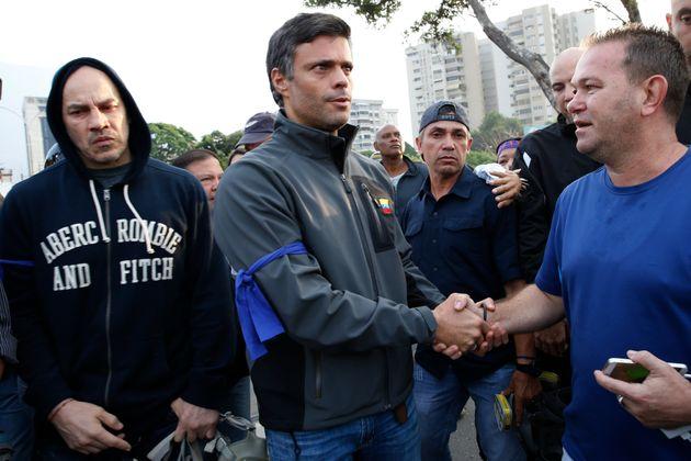 Leopoldo López saiu às ruas na última terça-feira, mas nesta quinta está...