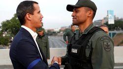 Bolsonaro diz haver 'fissura' no Exército venezuelano, que pode atingir alto