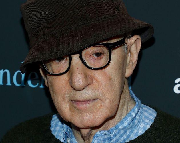 Woody Allen scrive le sue memorie, ma gli editori lo
