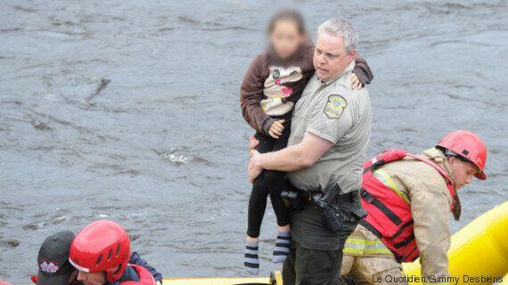 Le policier Éric Bernard raconte comment il sauvé deux jeunes de la noyade à