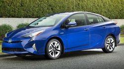 La Toyota Prius et le RAV4 hybride élus véhicules verts de l'année par