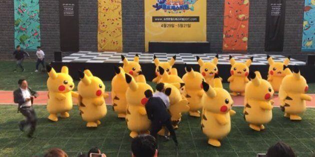 Ce Pikachu ne peut terminer sa chorégraphie en raison d'un problème avec son