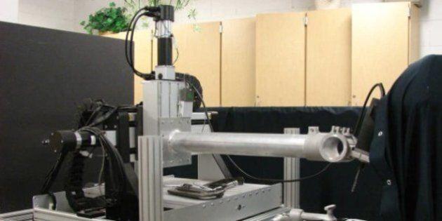 Ce robot troue les crânes 50 fois plus vite qu'un