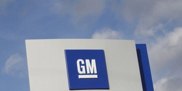The GM logo is seen in Warren, Michigan, U.S. on October 26, 2015. REUTERS/Rebecca Cook/File