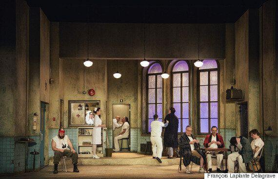 «Vol au-dessus d'un nid de coucou» au Théâtre du Rideau Vert à
