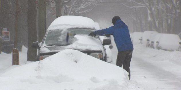 Poudrerie, neige et vents violents s'abattent sur le Québec et