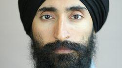 L'acteur et créateur de bijoux Waris Ahluwalia refusé d'un vol à cause de son turban