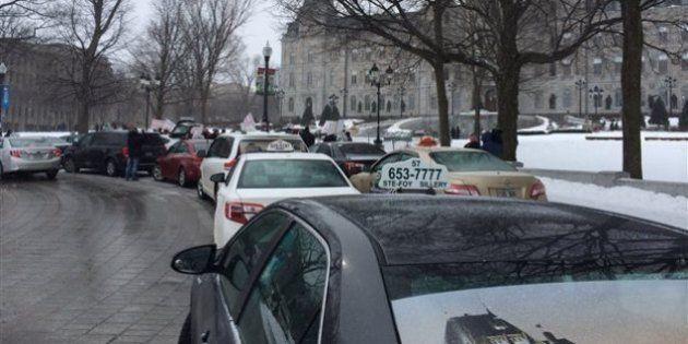 Nouvelle mobilisation des taxis contre Uber