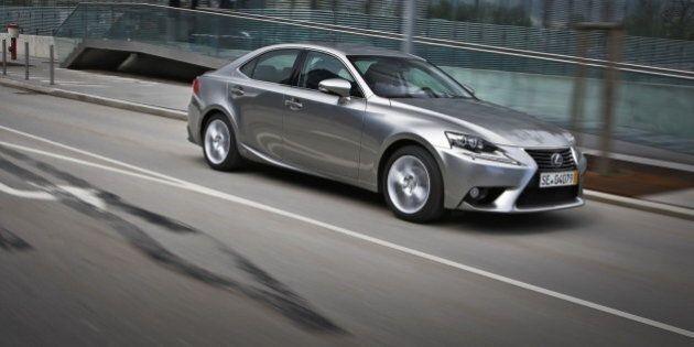 Cinq voitures hybrides que nous aimerions avoir au Canada