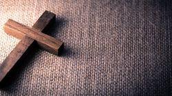 Victime de «200 viols» d'un prêtre pédophile, il