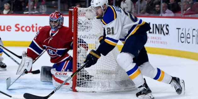 Feb 11, 2017; Montreal, Quebec, CAN; St-Louis Blues forward Patrik Berglund (21) goes around the net...