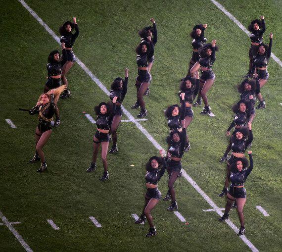 Beyoncé a rendu hommage aux Black Panthers à la mi-temps du Super Bowl