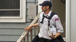Un comité propose d'imposer des frais pour maintenir le courrier à