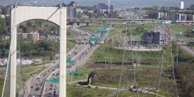 Troisième lien: Québec et Lévis attendent des réponses du bureau de