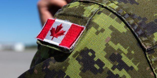 Les Forces armées souhaitent expulser 77 militaires pour inconduite