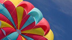 Une Canadienne meurt pendant un saut en parachute en