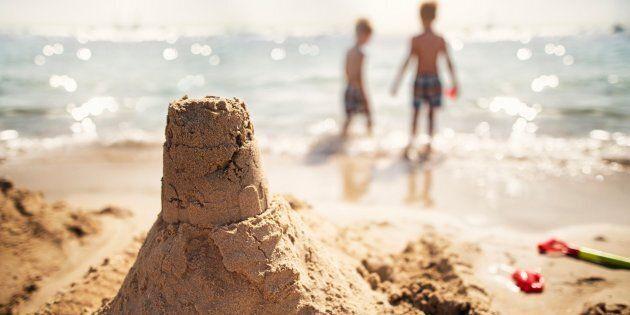 La plage de l'île Charron sera ouverte dès jeudi.