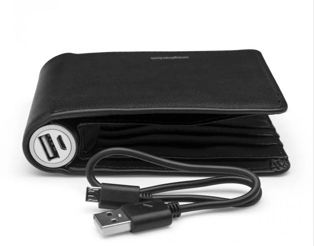 Carteira power bank carrego no bolso custa R$ 119,90 na