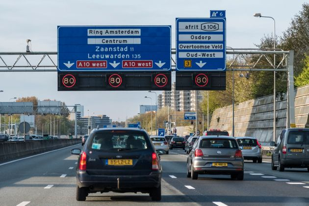 Αμστερνταμ: Τέλος στα βενζινοκίνητα και πετρελαιοκίνητα οχήματα βάζουν οι