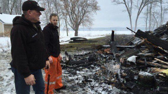 Deux employés d'Hydro-Québec sauvent une famille des flammes à