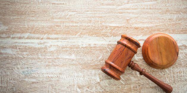 Pour recopier et distribuer une loi du Québec, il faut obtenir la permission écrite du gouvernement du