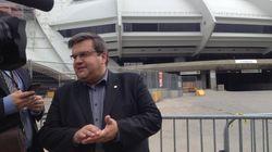 Réfugiés: un nouveau centre ouvert, en plus du Stade